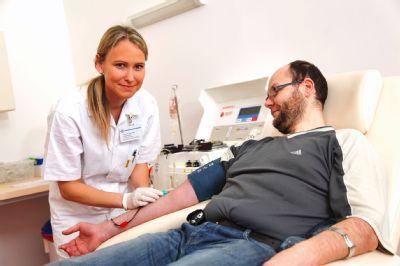 Ještě nemáte novoroční předsevzetí? Darujte krev či plazmu, vzkazuje Transfúzní služba