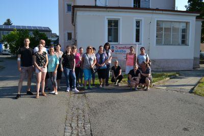 Na Transfúzní službě v Šumperku darovali krev zaměstnanci firmy Miele