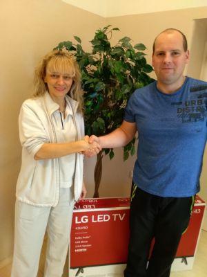 Za plazmu získali dárci Transfúzní služby v soutěži novou LCD televizi