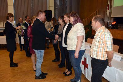 Český červený kříž a Transfúzní služba poděkovali 126 věrným dárcům krve