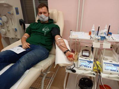 Omezení volného pohybu osob neznamená zákaz darovat krev či plazmu, ubezpečuje AGEL Transfúzní služba